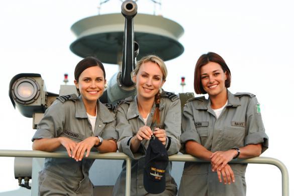 sea patrol : les playmettes et playboy's du mois de septembre (serie militaire d'australie) Sea-pa10