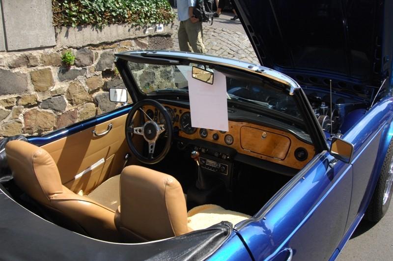 Am Fuße der Burg, oder Autos Autos Autos B1410