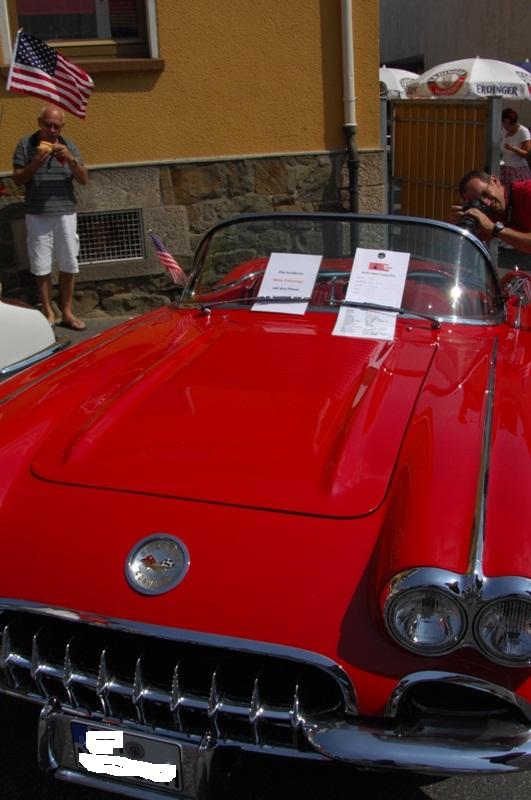 Am Fuße der Burg, oder Autos Autos Autos Cor-0610