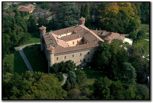 GARA 0001 - TEMATICA - Residenza/hotel di Castel Reynard Rezzan10