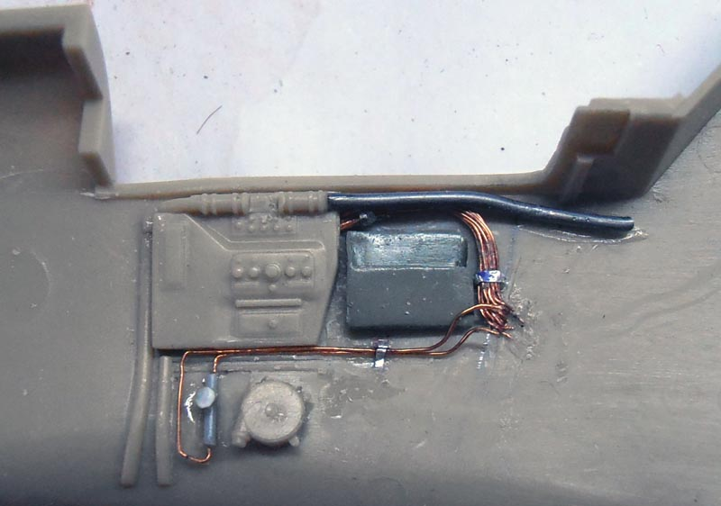 Bf109 F4 Trop. Constr38