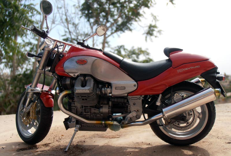 Moto Guzzi V10 Centauro Guzzi_16