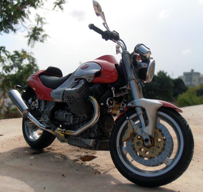 Moto Guzzi V10 Centauro Guzzi_21