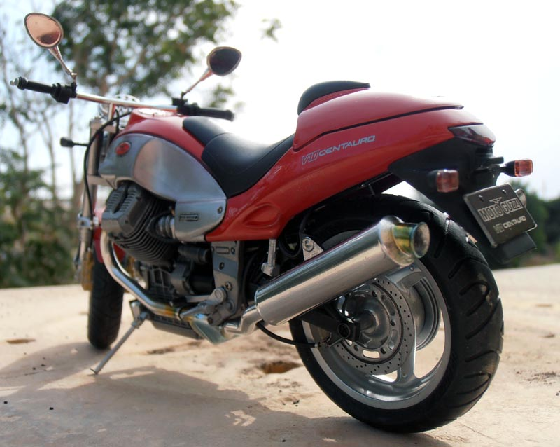 Moto Guzzi V10 Centauro Guzzi_24