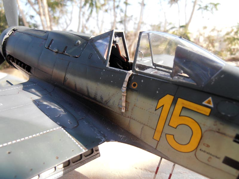 FW190-D9 of JG26 - Page 2 Red_1010