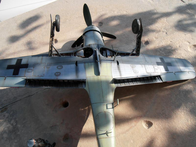 FW190-D9 of JG26 - Page 2 Red_1810