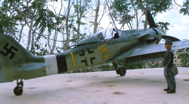 FW190-D9 of JG26 - Page 2 Red_2610