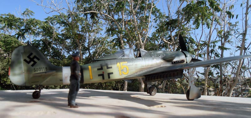 FW190-D9 of JG26 - Page 2 Red_810