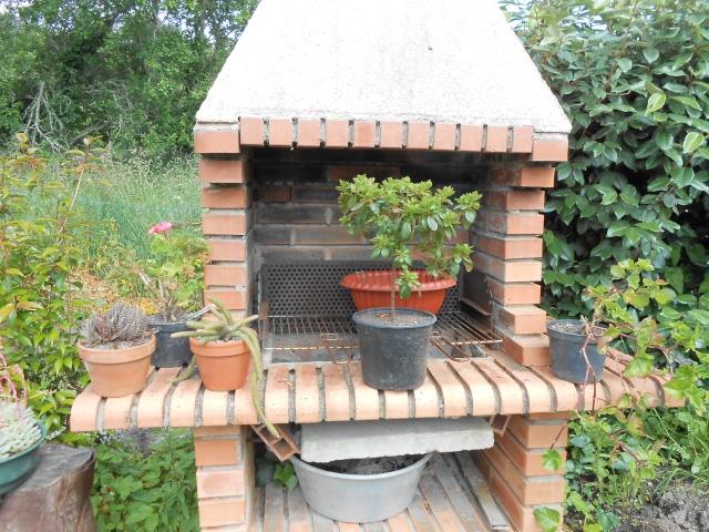 42 - La pierre, le bois, le fer... au jardin...  Photos reçues - Page 3 Breta298