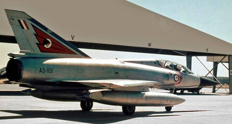 Australian Mirage III D (HELLER  1/48) 85667910