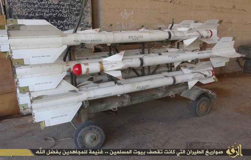 Materiels et equipements captures par l Etat Islamique Aa810