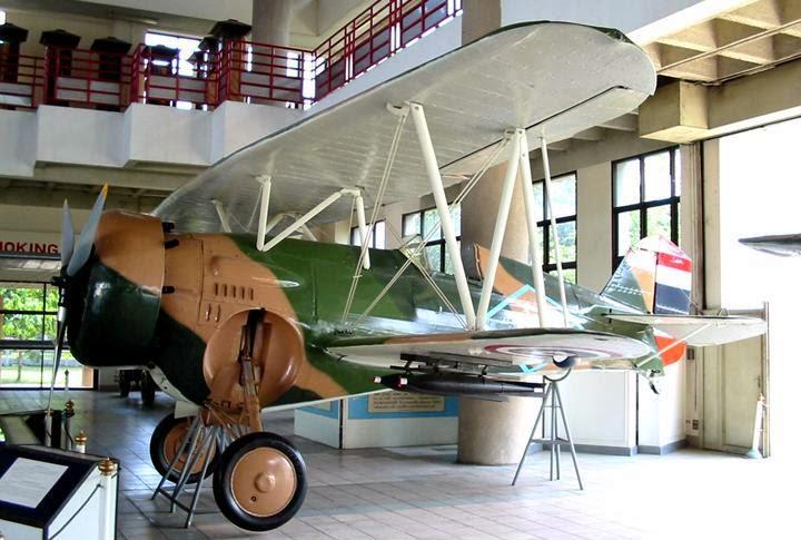 RTAF 1941-1945  (2012) Ao_man15