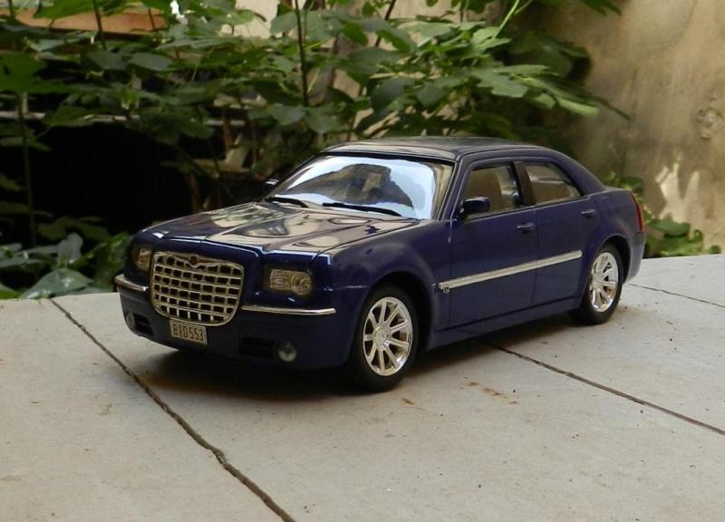 Chrysler 300C 2005 Chrysl17