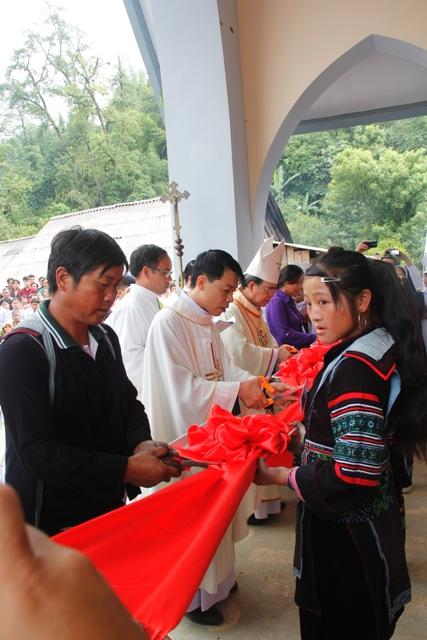 HMOOB CATHOLIC NYOB COB TSIB TEB (Hmong Catholic Vietnam) - Page 5 _mg_3721