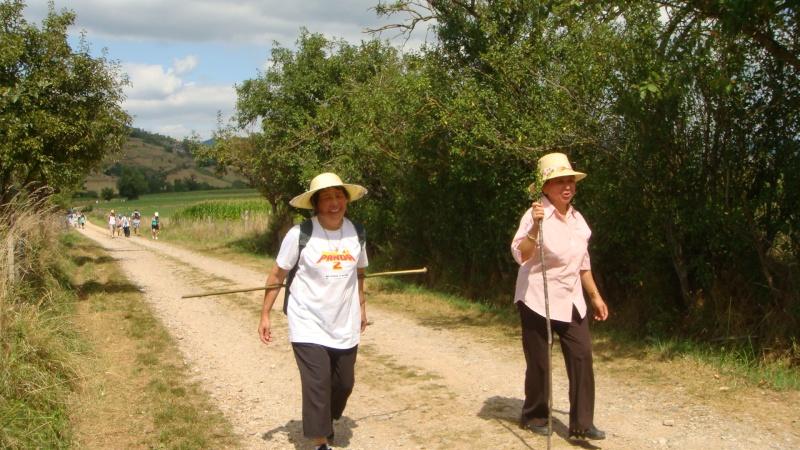 Taug  Hauv Paus Xa Lus Yas Kos txoj KEV  ( LEEJ NTSHIAB YAS KOS TUS HLOB), Route de St.Jacques de Compostelle - Page 2 Dsc02722
