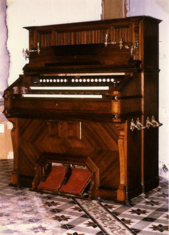 harmonium vor mustel Photo110