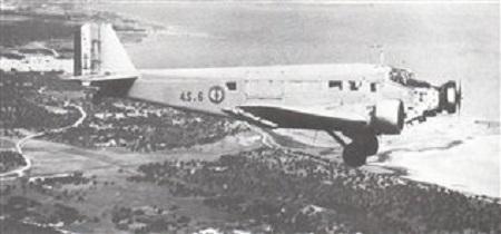 [Aéronavale divers] C'est quoi cet avion ? Medium10