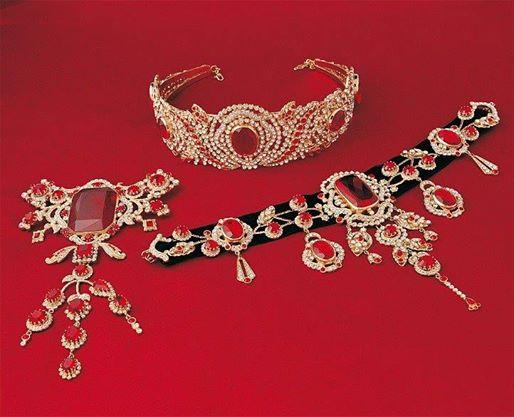 les bijoux de l'impératrice Sissi 15256710