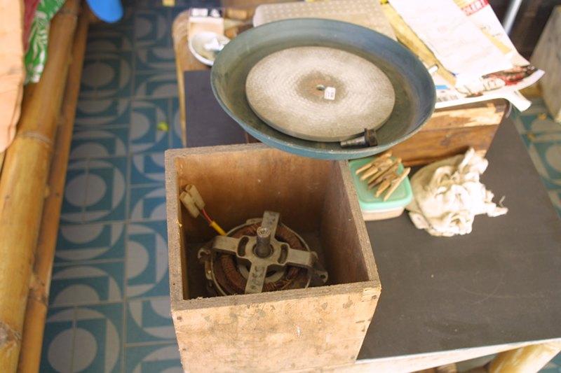 matériel rudimentaire de lapidaire M_img_25