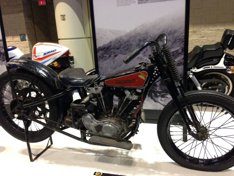 Les vieilles Harley....(ante 84) par Forum Passion-Harley - Page 6 10668710