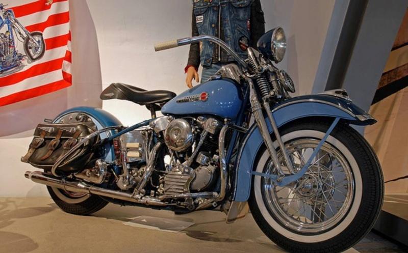 Les vieilles Harley....(ante 84) par Forum Passion-Harley - Page 40 Det10
