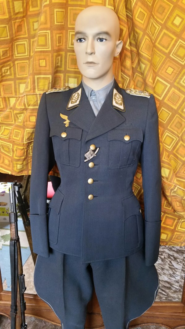 Mon mannequin de Generalleutnant de la Luftwaffe G2bis10