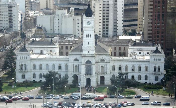 Coimas en La Plata: Nuevas escuchas comprometen a funcionarios municipales 00164