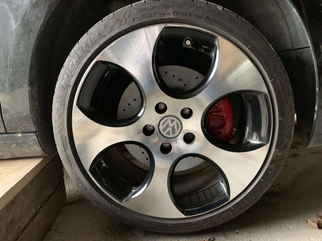 Changement disques et plaquettes de freins AV/AR Avant_14