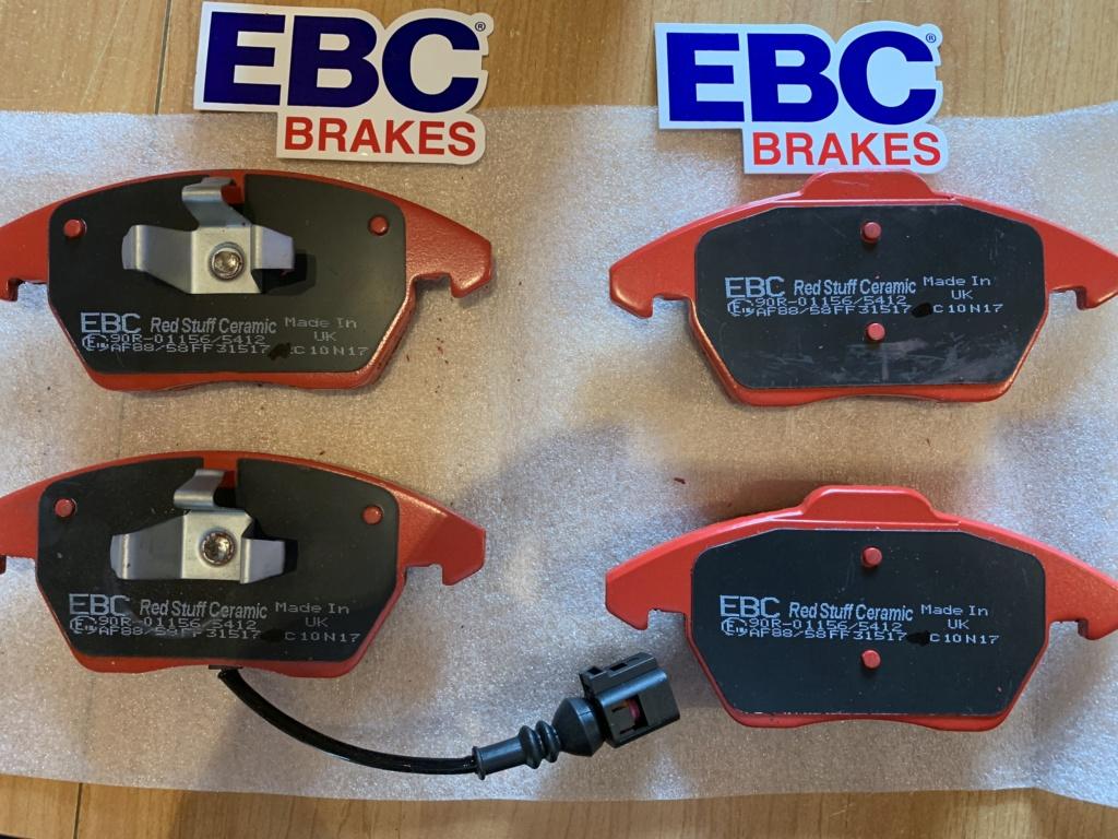 Changement disques et plaquettes de freins AV/AR Img_0011