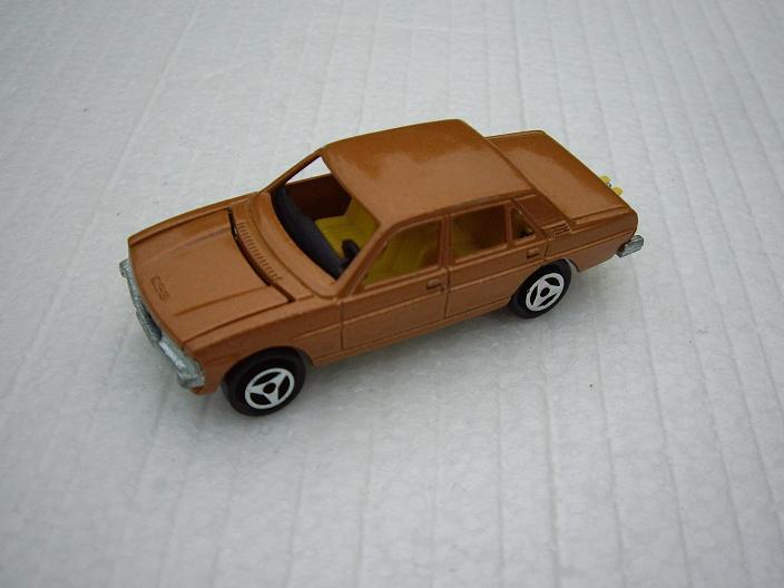 N°238 Peugeot 604 Imgp9312