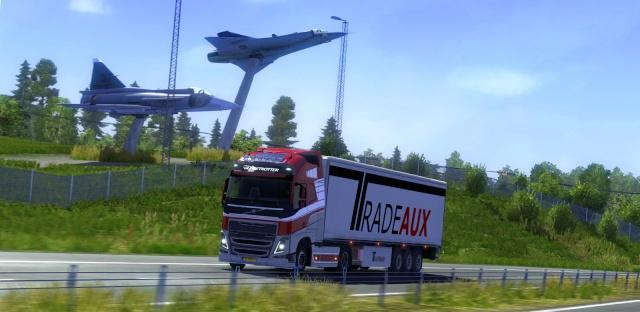 Euro truck simulator 2 - Page 13 00219