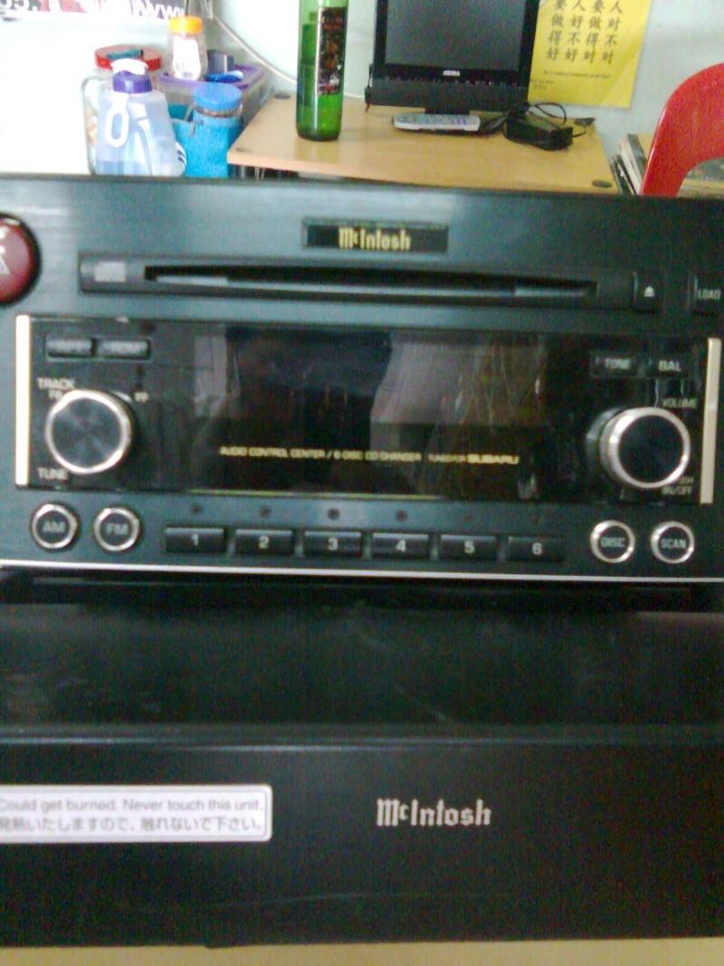 Mcintosh 6 disc head unit & power amp(used)sold Aa074010