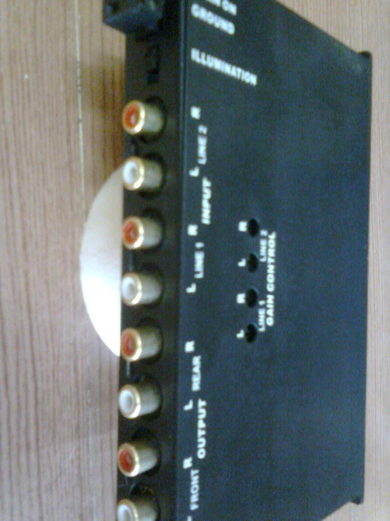 Kicker KQ5 pre-amp(new) sold K210