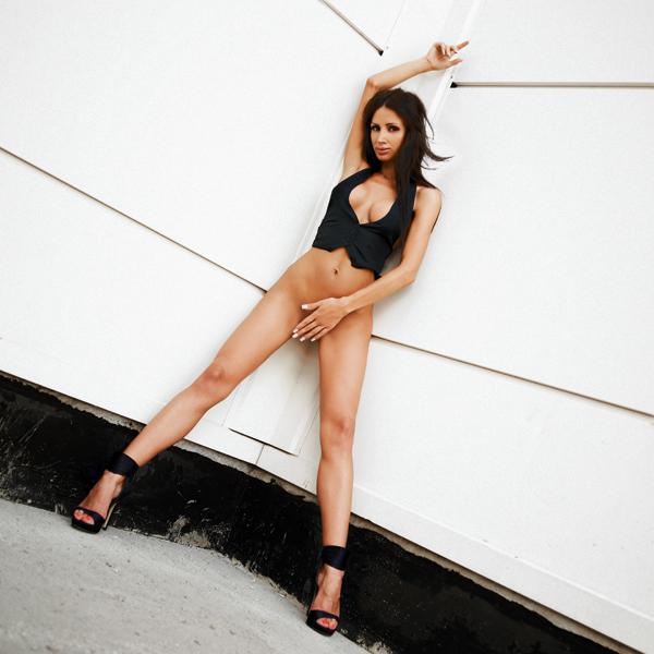Fotografia nud - arta sau pornografie? - Pagina 5 Cf095810