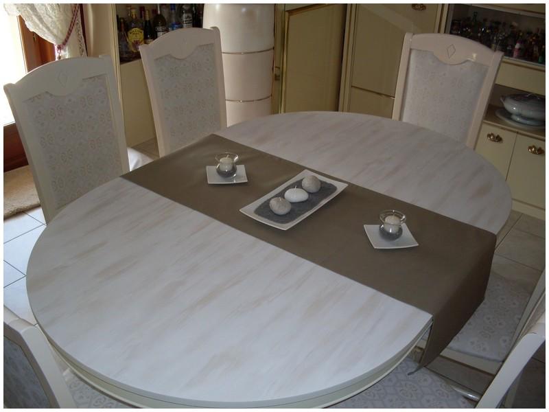 Changer le look d'anciens meubles. Sdc10212