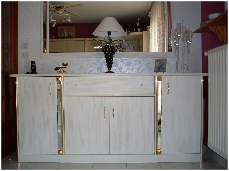 Changer le look d'anciens meubles. Sdc10213