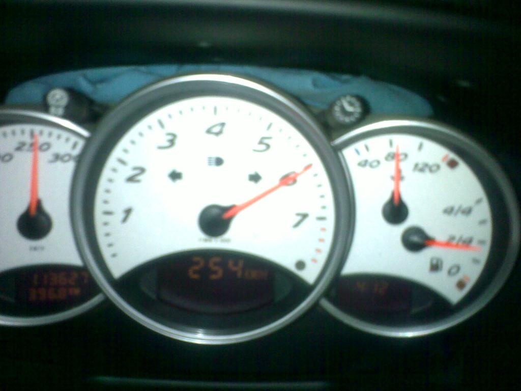 Comment se comporte votre voiture à haute vitesse ? - Page 2 06072010
