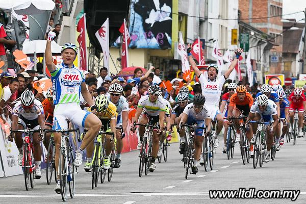 TOUR DU LANGKAWI --Malaisie-- 23.01 au 01.02.2011 4410