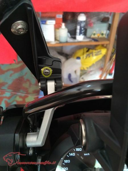 BMW K50 R1200GS LC Eliminare rigature cupolino m.y. 2014 Max45489
