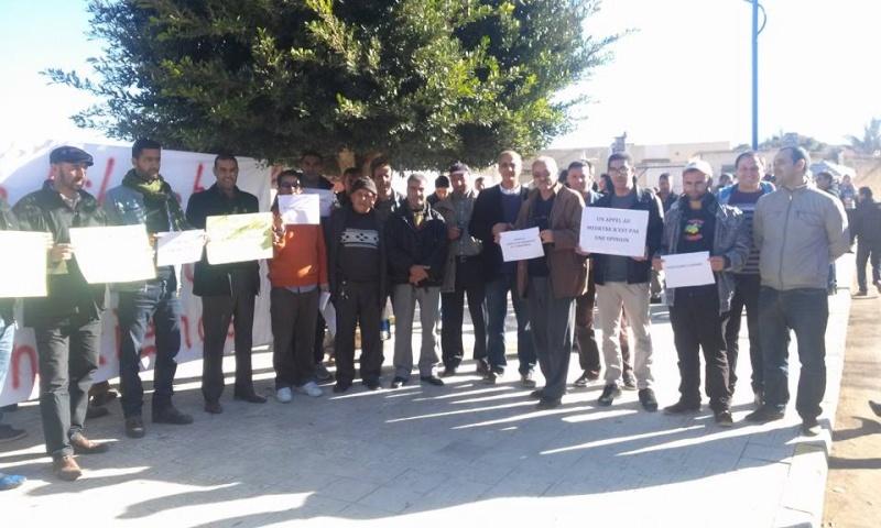 Rassemblement de solidarité avec Kamel Daoud à Aokas mardi 23 decembre 2014 - Page 2 1132