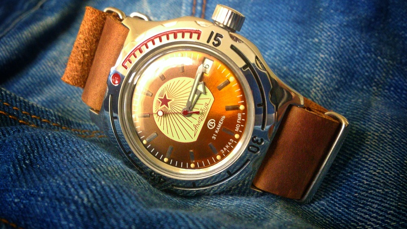 ★ La montre russe de l'année 2014 Dsc_1323