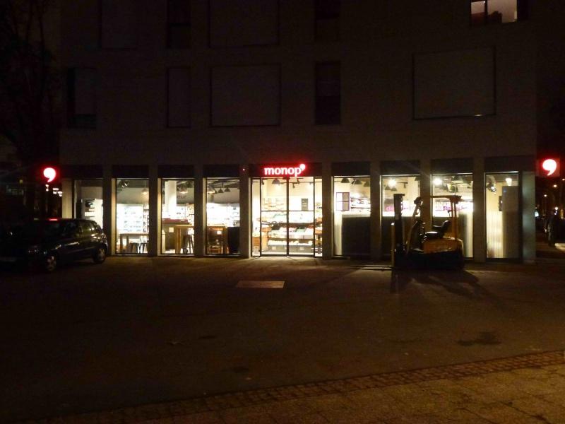 Monoprix place Bir Hakeim P1320314