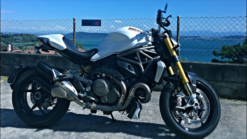 M1200s blanche Wp_20120