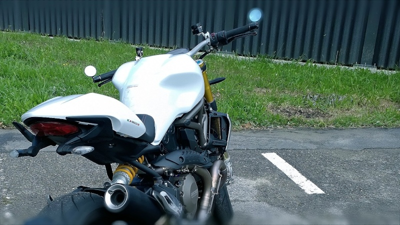 M1200s blanche Wp_20122