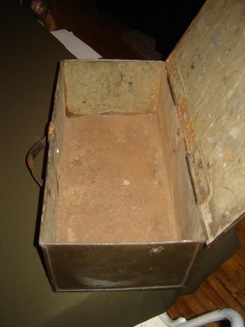 Ammo boxes Milita15