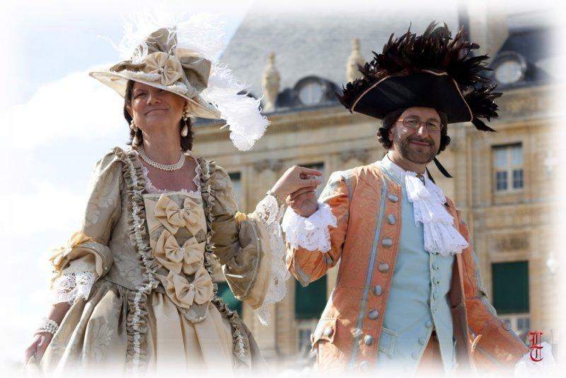Ou l'on parle du bal de Versailles 13498110