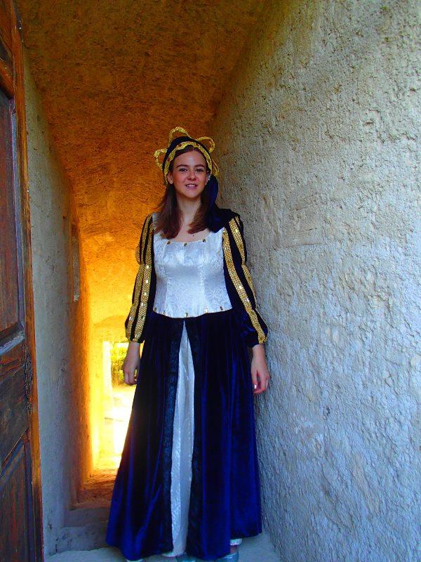 Animation au Chateau d'Ansouis, les photos P6212010