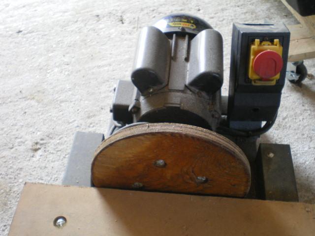 lapidaire 220 mono[vente terminée] Imgp2611