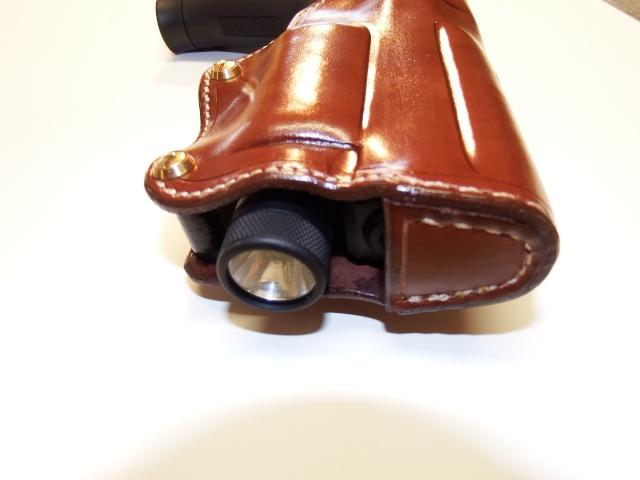 HOLSTER CUIR pour AUTO et LAMPE by SLYE Dscf0724