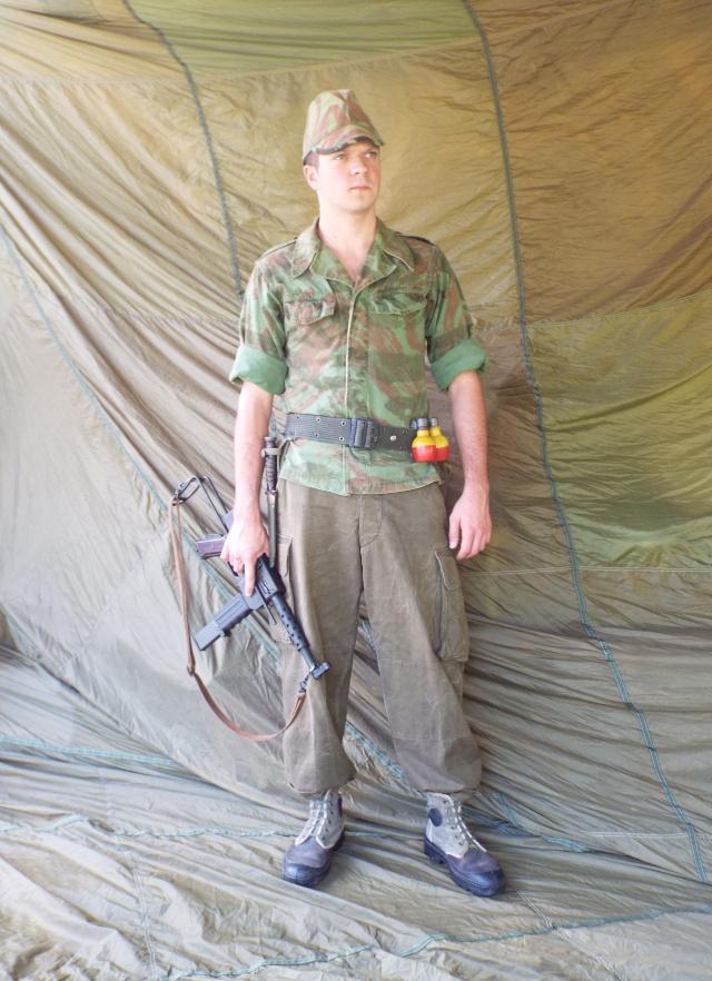 Voltigeur du commando de chasse du 1er bataillon du 12ème RAAMa dans l'Algérois (1959) Okface11